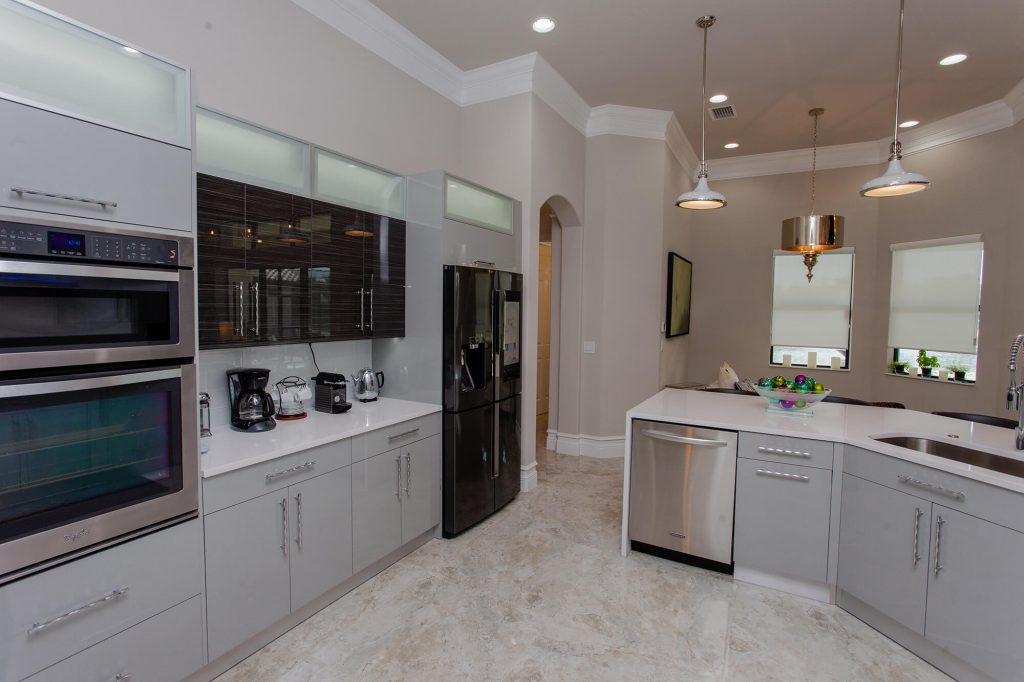 Contemporary Kitchen Renovation done by General Contractor in Bonita Springs, FL