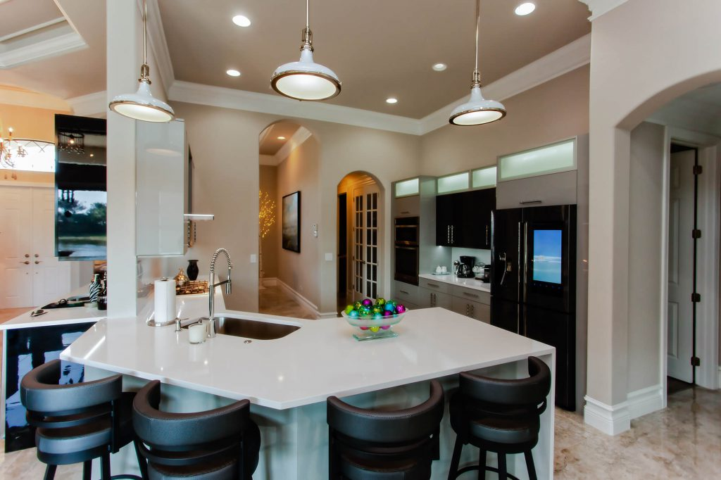 Bonita Springs, FL Kitchen Remodel with White Counter